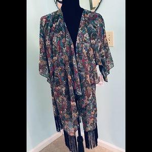 Lularoe Monroe shawl, NWT